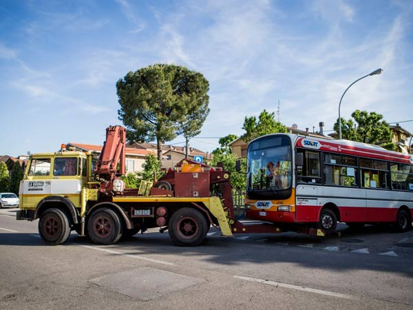 Soccorso-stradale-mezzi-pesanti-Forli